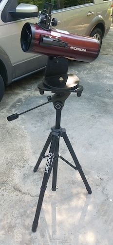 The SkyScanner mounted on a photo tripod